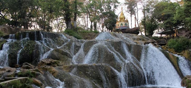 myanmar-waterfall-pwe_kauk_or_b-e-_waterfall11